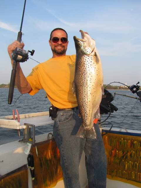Lake ontario trout and salmon fishing spring brown trout for Lake ontario salmon fishing charters