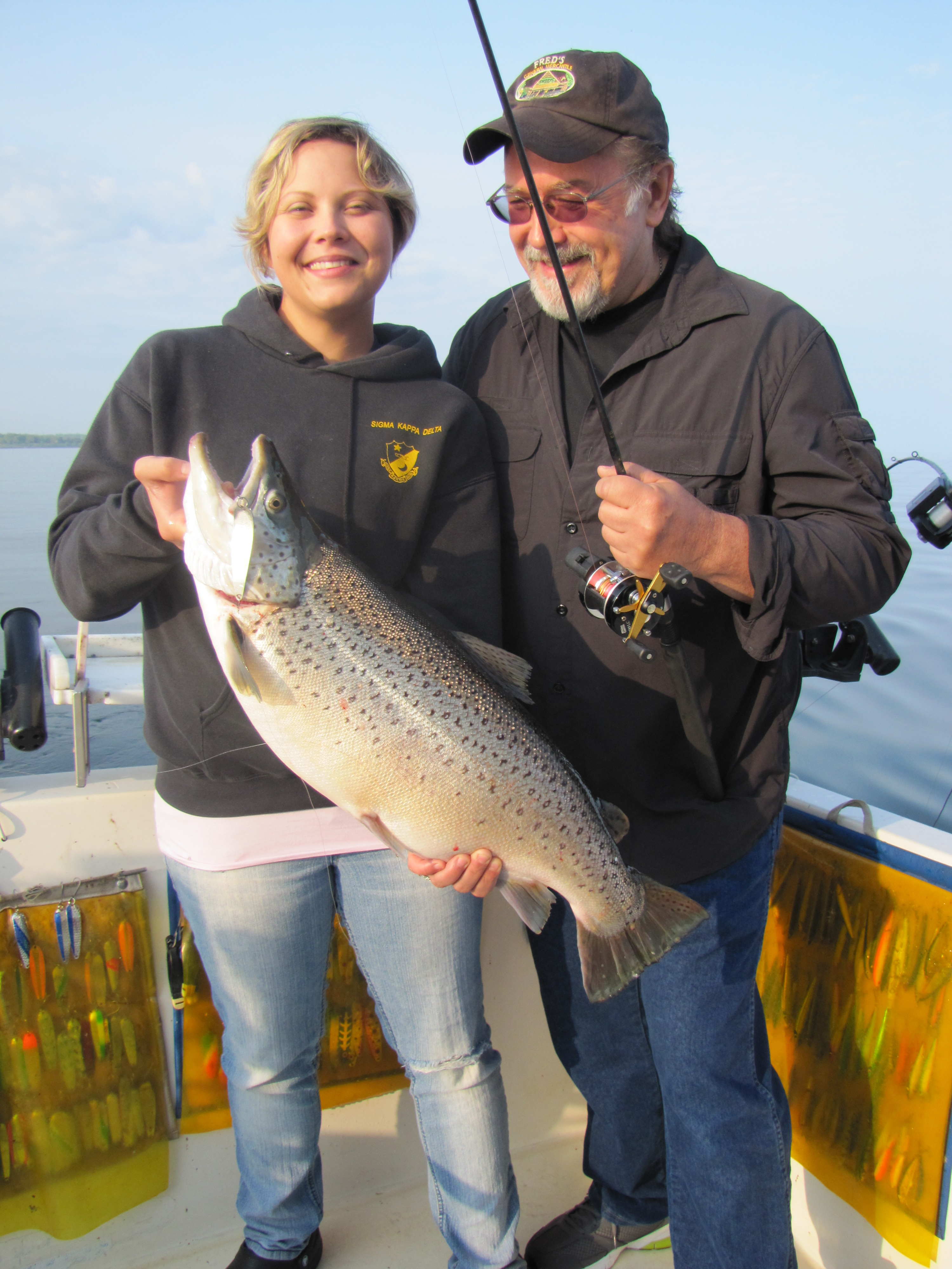 Lake ontario salmon fishing tips fish doctor charters for Salmon fishing setup