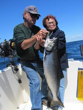 Lake ontario trout and salmon fishing lady luck fish for Lake ontario salmon fishing charters